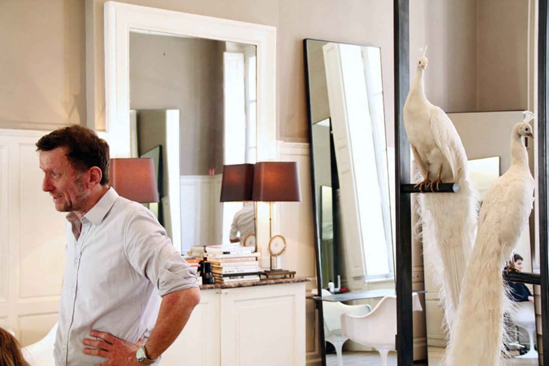 David Mallett in his salon at 14 rue Notre Dame des Victoires, Paris. Photo courtesy of David Mallett salon.
