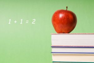 5b922-school-books-apple.jpg
