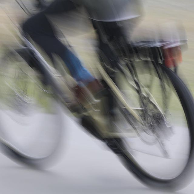 E-bike at speed, or just a really bad image.@fishbikenapier a good selection of e-bikes to rent. #ebikes #ebikerentals