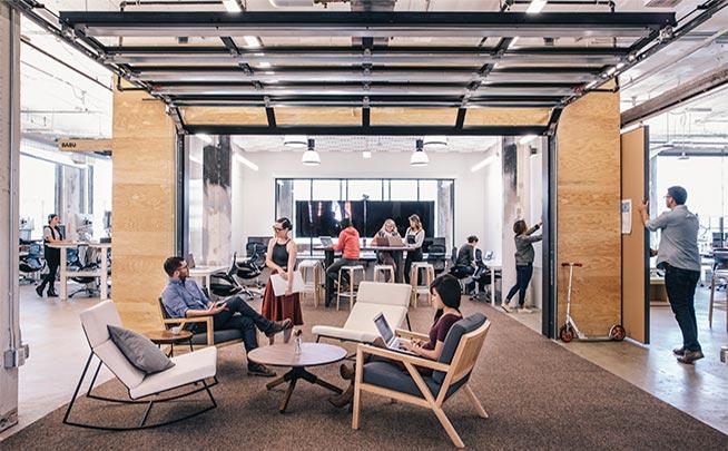 Airbnb 為員工打造舒適的辦公室,用心塑造雇主品牌形象,希望能給求職者好的求職體驗(圖片來源: Airbnb  )