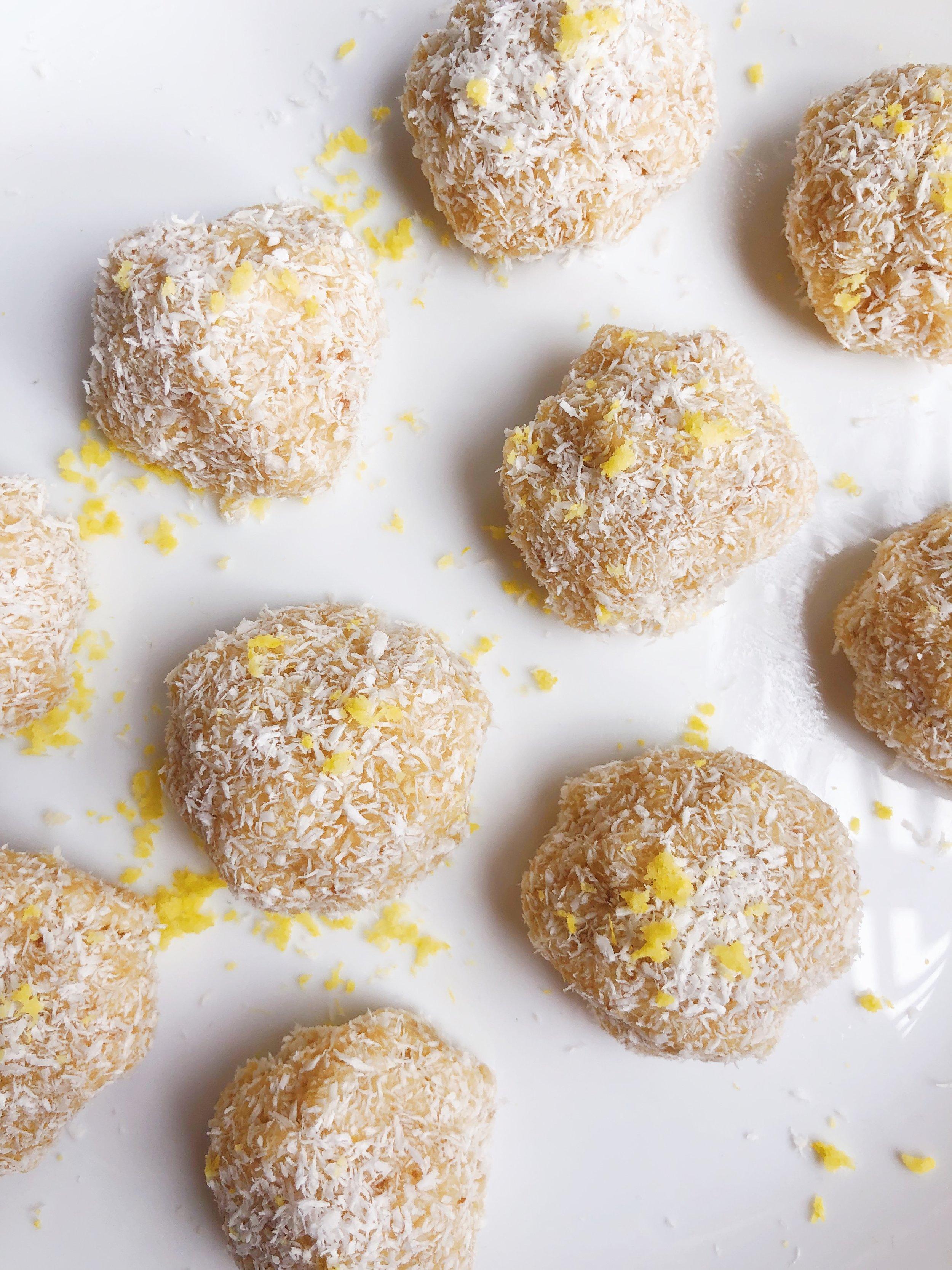 lemoncoconutballs.JPG