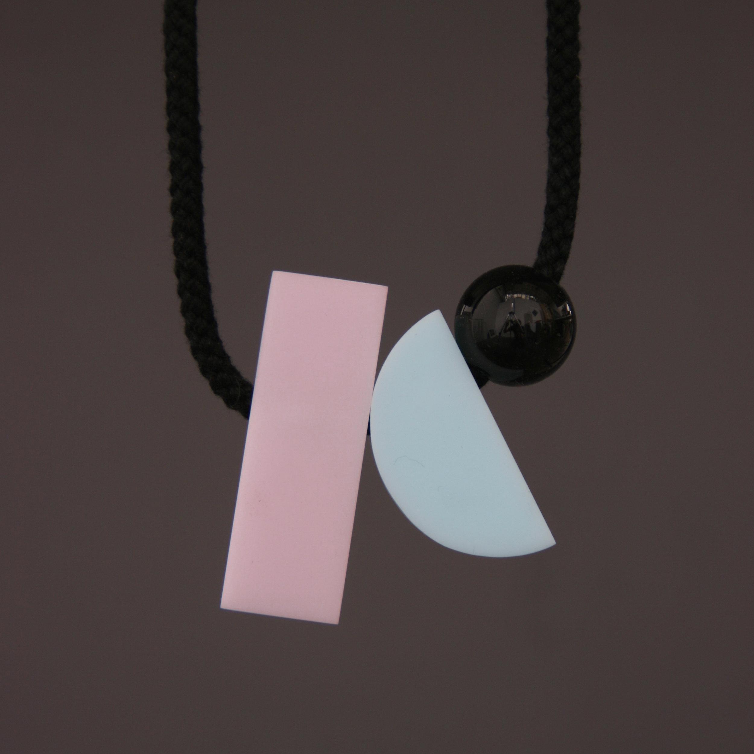 Dora_necklace.jpg