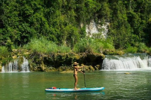 Paddle Tour1-Hour LobocStand-Up Paddle Tour -
