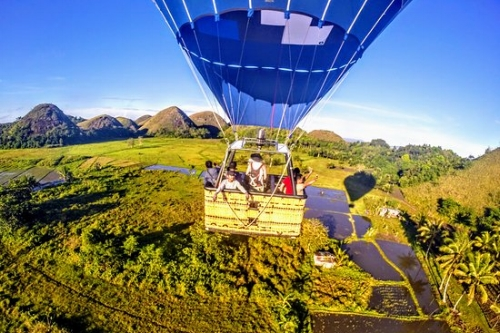 Chocalte HillsHot Air Balloon Tour -