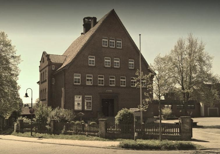 Steinberger Schule 1.JPG