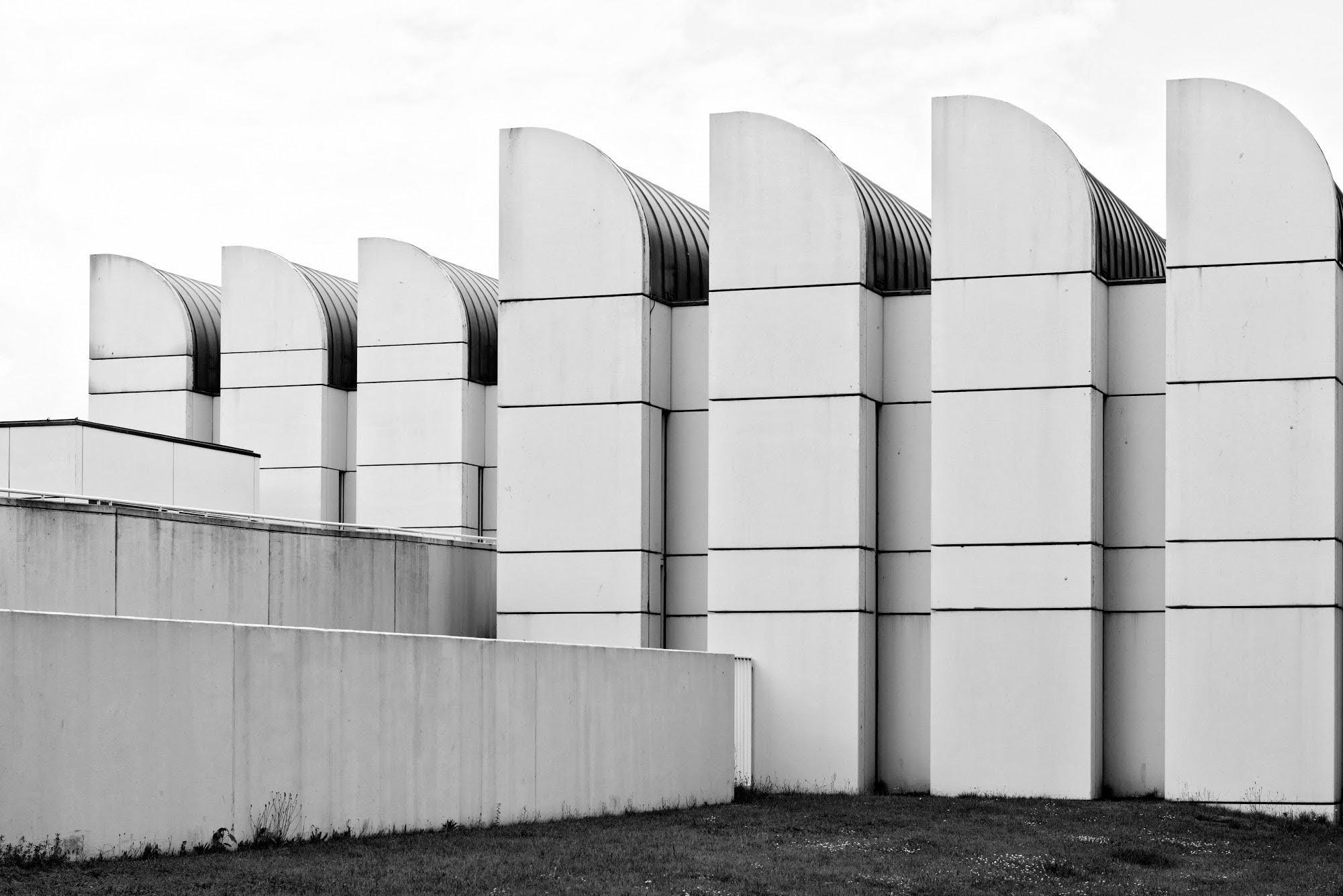 taidesuunnistus 27.-28.4.2018 - Hernesniemi photography näyttely / Modernism, better futureNäyttely jatkuu tiloissamme toistaiseksi