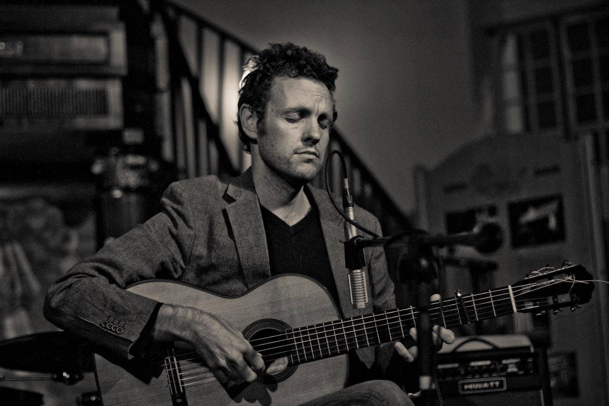 Derek Gripper - City Soiree 'Live For A Night' (20 August 2013)  Photo credit: Malherbe Pelser
