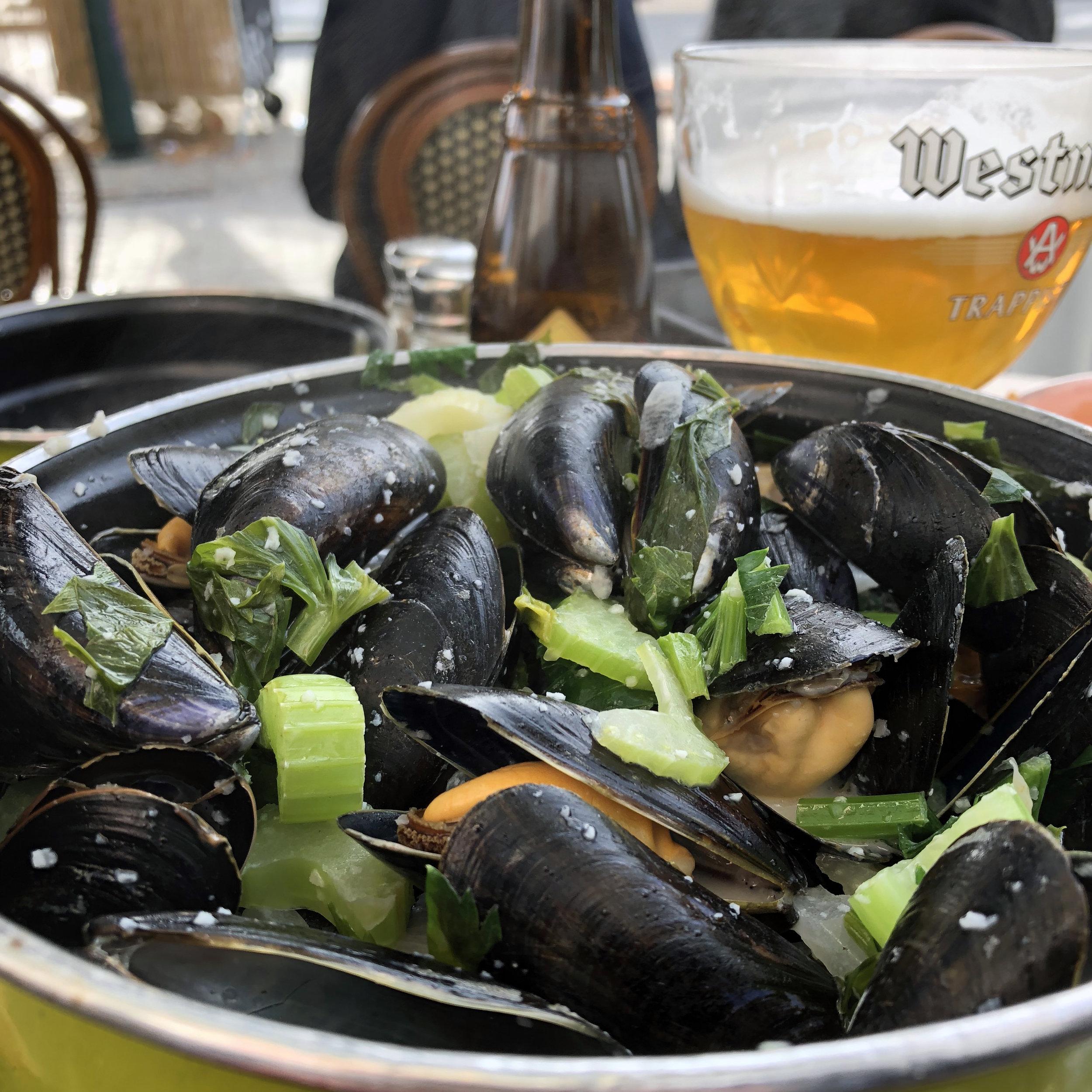 Kurt Writes Things - Belgian Mussels and Beer.jpg