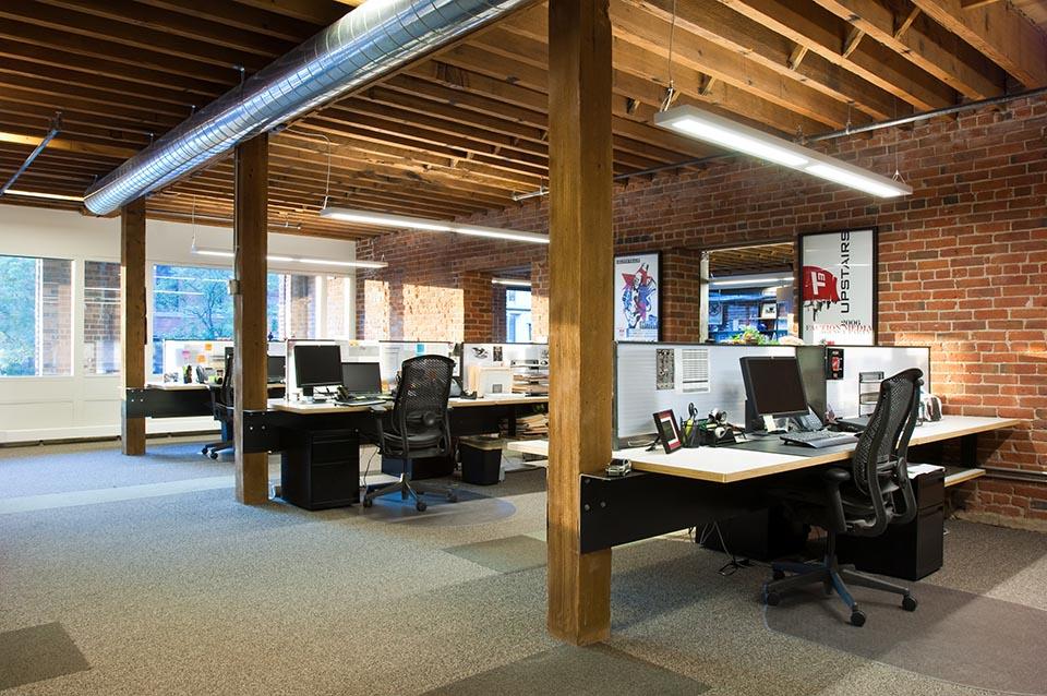 F4-office-desks.jpg