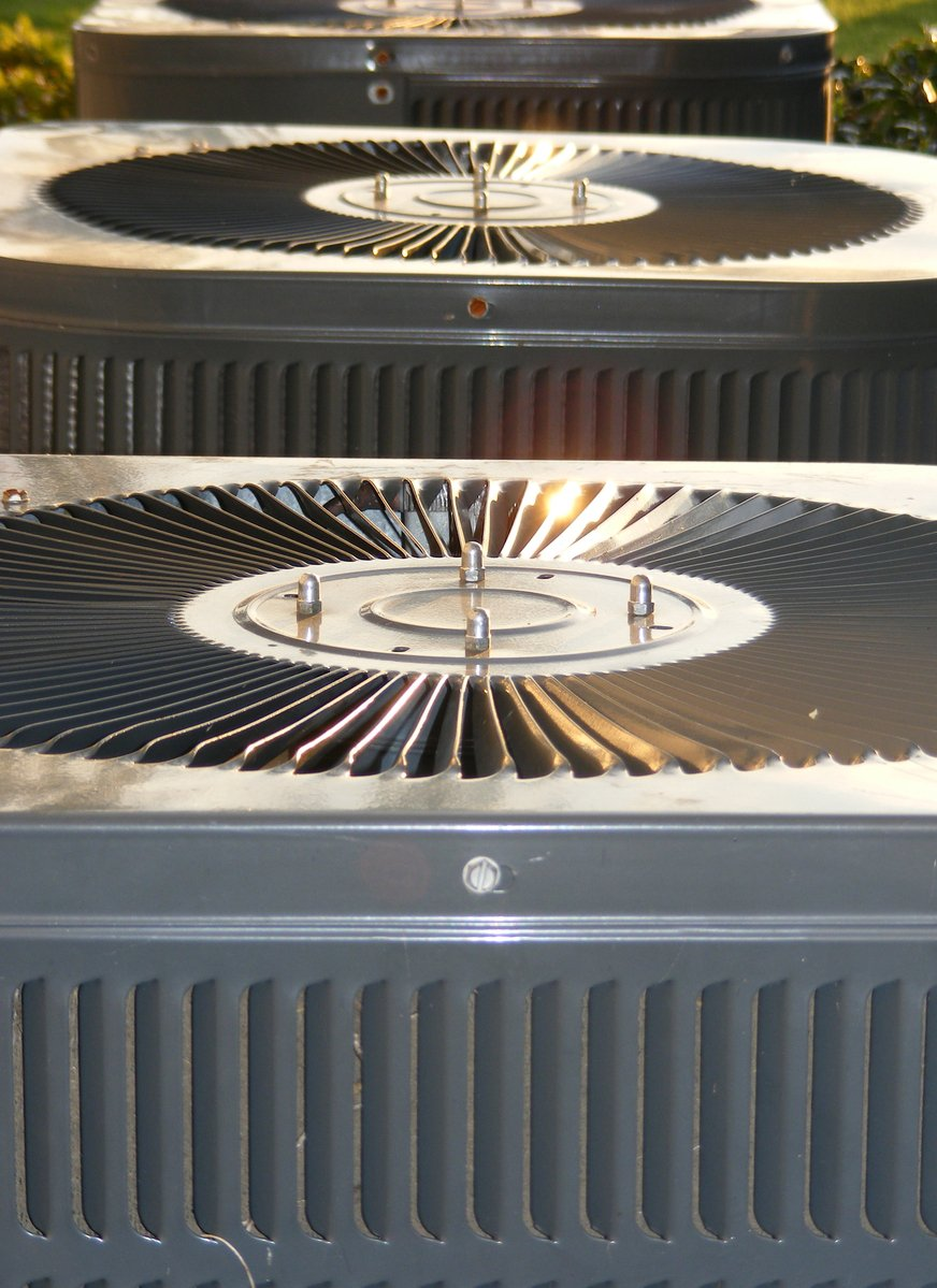 air-conditioners-1209812.jpg