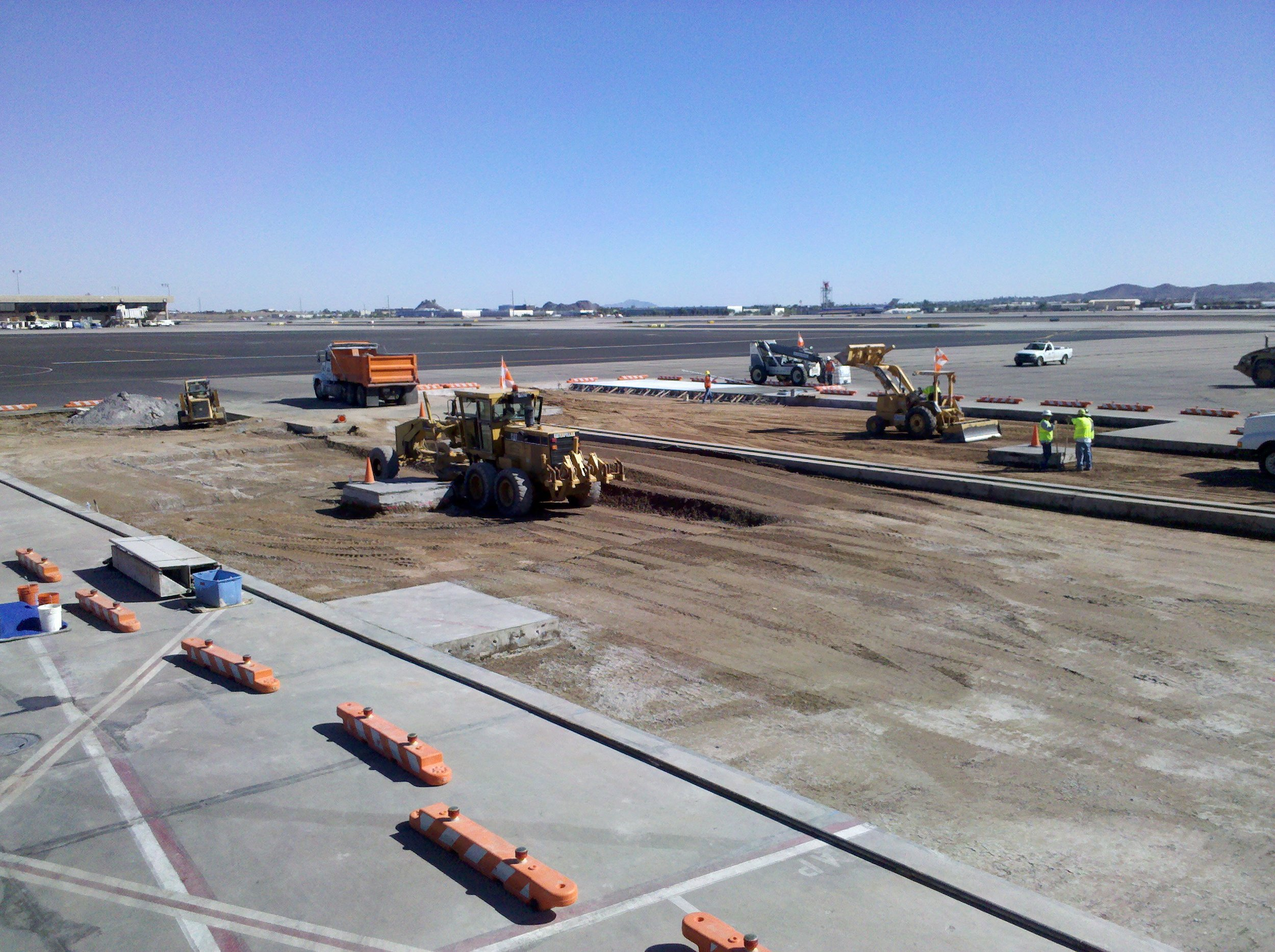 Sky Harbor Airport Terminal 2 Apron Reconstruction Design-Build