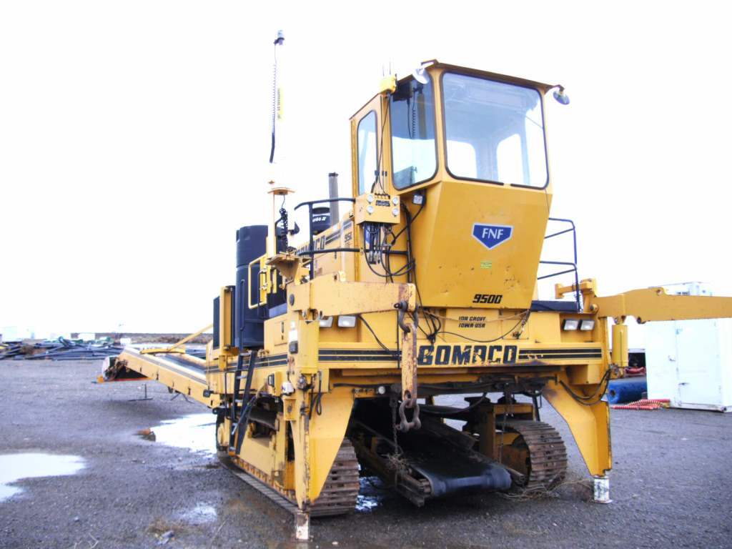 2005 Gomaco 9500 Trimmer Placer.png