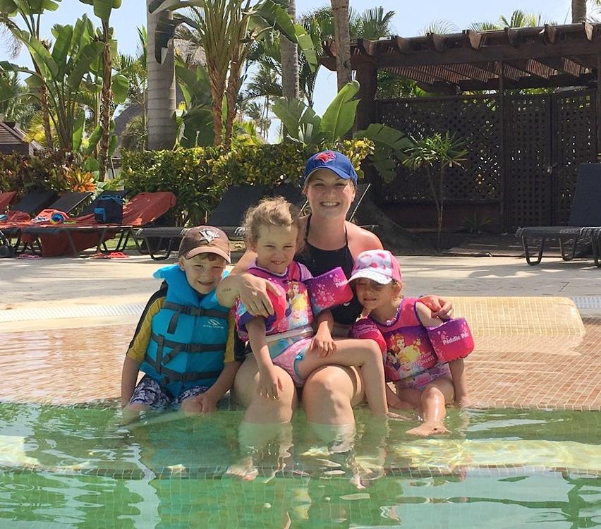 Family in Pool.jpg