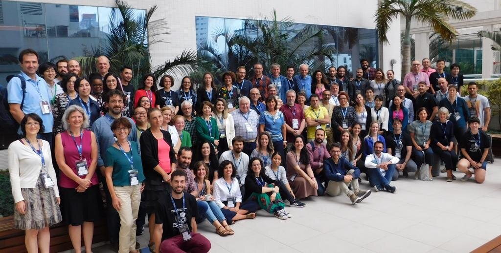 Coccolithophore experts from all over the world have gathered together at the 17th Conference of the International Nannoplankton Association (Santos, Brazil), including some of us from the DUSTCO team.