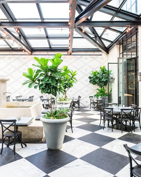 Oxford Exchange Restaurant