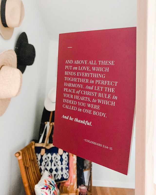 Just gonna leave this right here. ⠀⠀⠀⠀⠀⠀⠀⠀⠀ ⠀⠀⠀⠀⠀⠀⠀⠀⠀ (And by right here, I mean on my dirty bedroom mirror cause it's #meta and I need all the reminders I can get.) #andbethankful