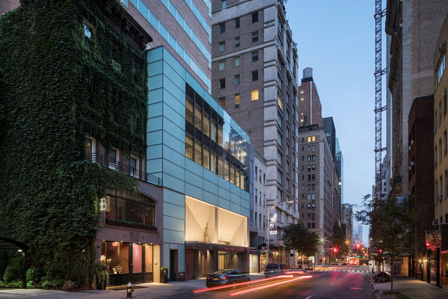 Exterior of Park Sixty Medical, located at 110 East 60th Street with MEP engineering provided by 2L Engineering