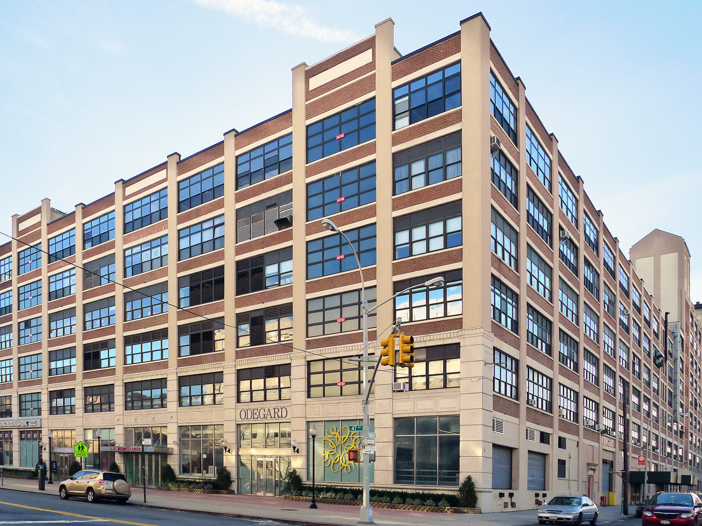 The Factory in Long Island City: A New Workplace Experience - August 19, 2014 | Newmark Knight FrankA former Macy's furniture warehouse in Long Island City is poised to become the model of collaborative and innovative office spaces in one of New York's up-and-coming …Read More