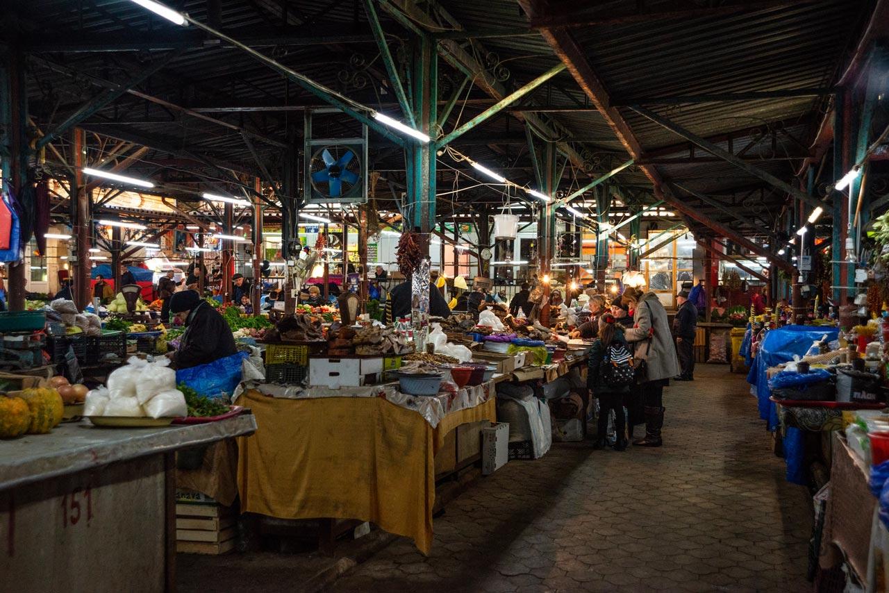 market-georgia-kutaisi-odysseas-chloridis4.jpg
