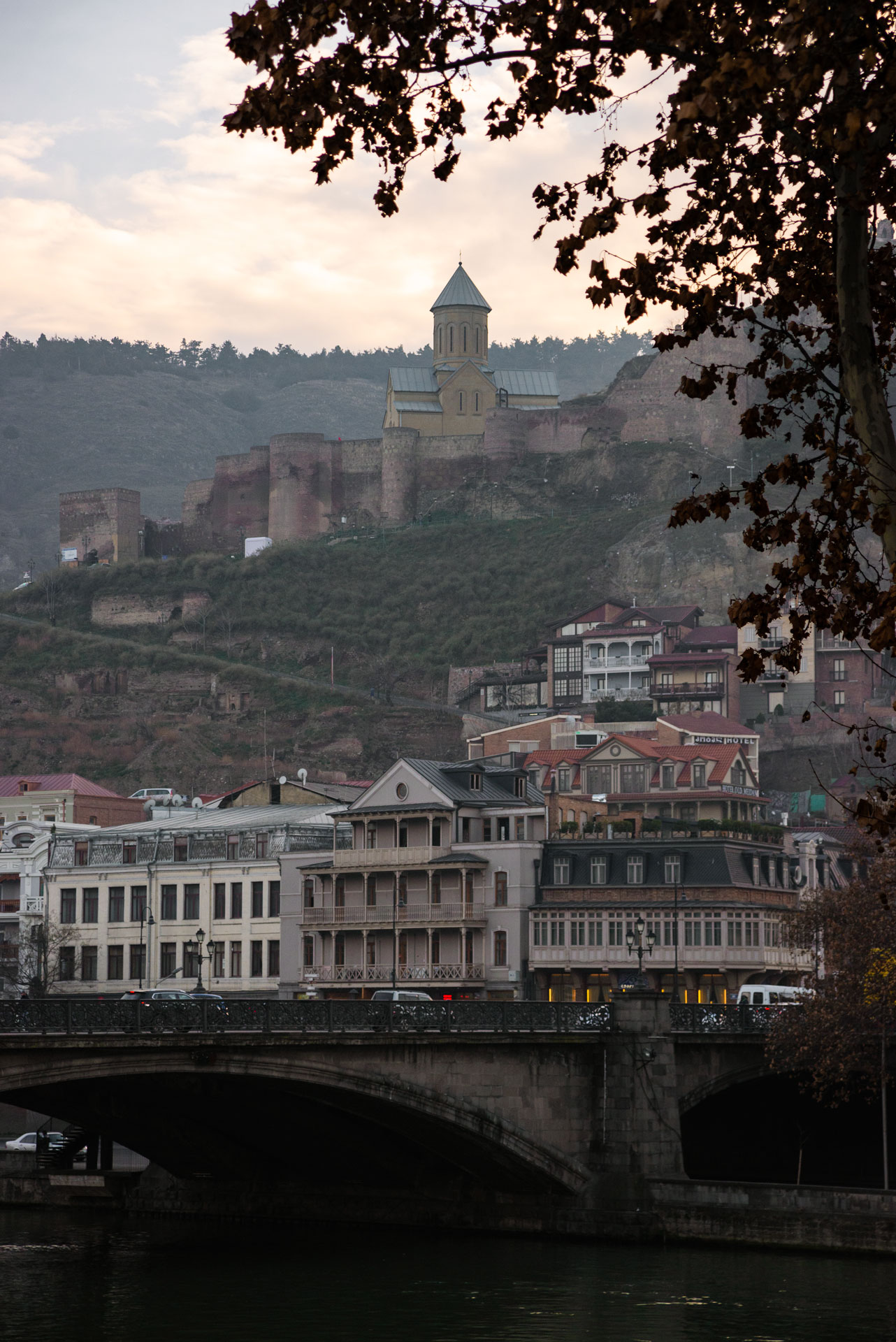 Another view of the Mtkvari river and the beautiful views of the city it offers.
