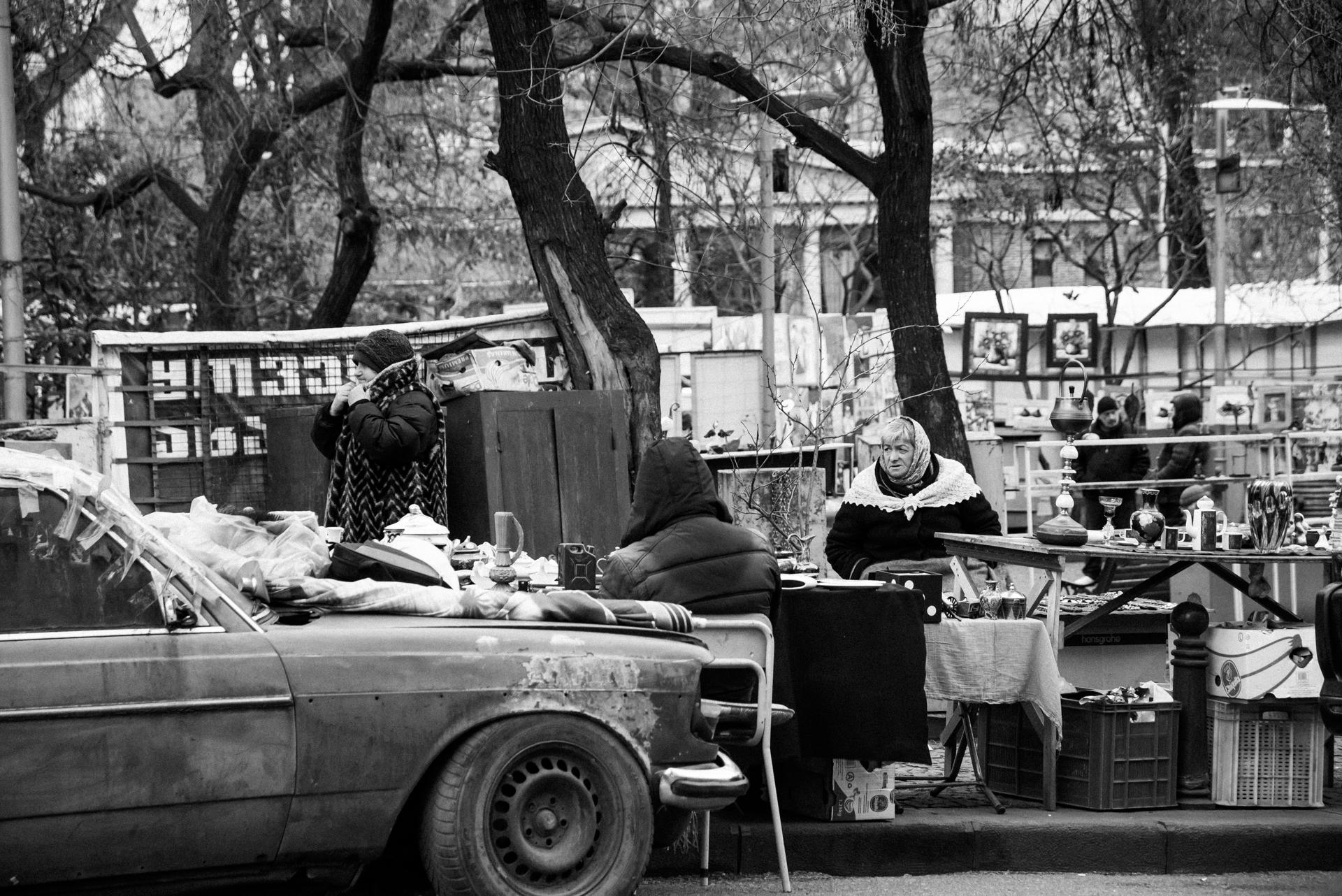 tbilisi-georgia-black-and-white-photography (8).jpg