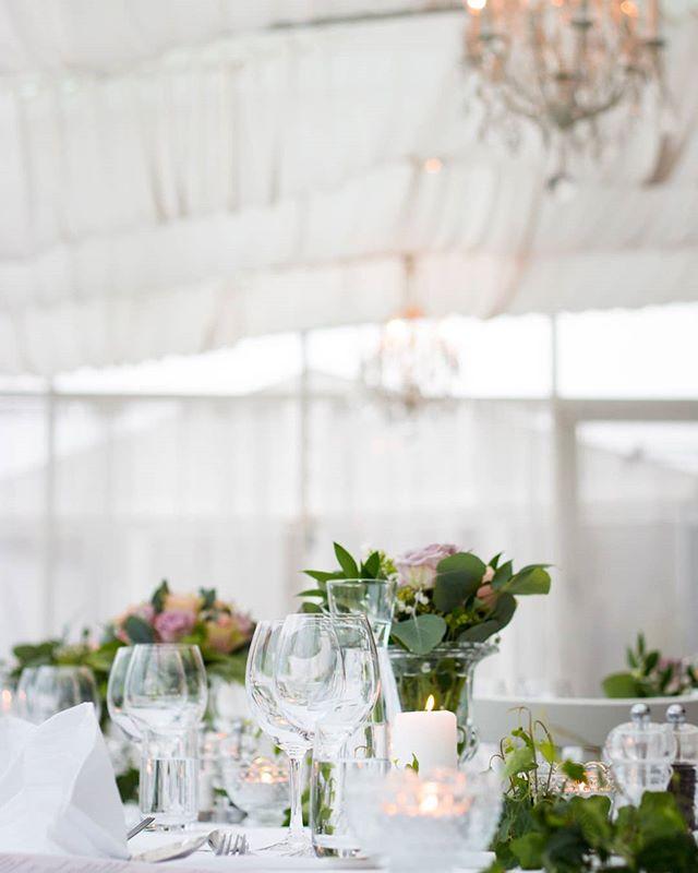 Pretty Monday things💖  #letspopthebubbly #weddingdetails #weddingplanning #weddingdecor #eastcoastwedding