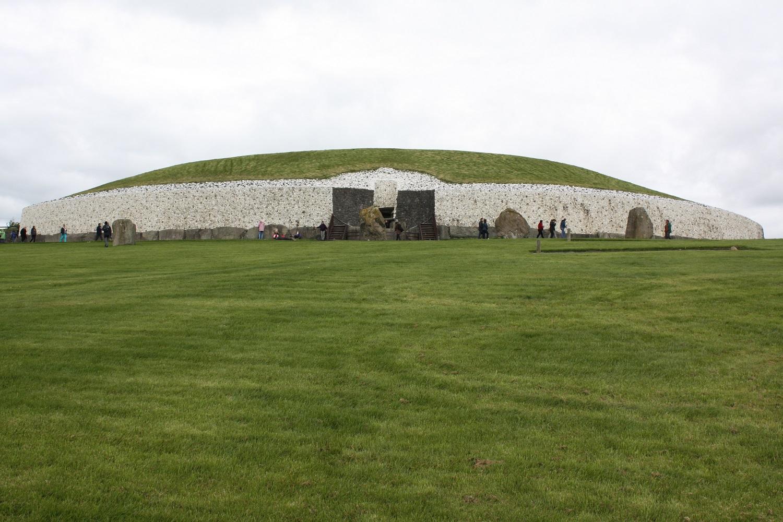 Bru na Boinne/Newgrange, Ireland