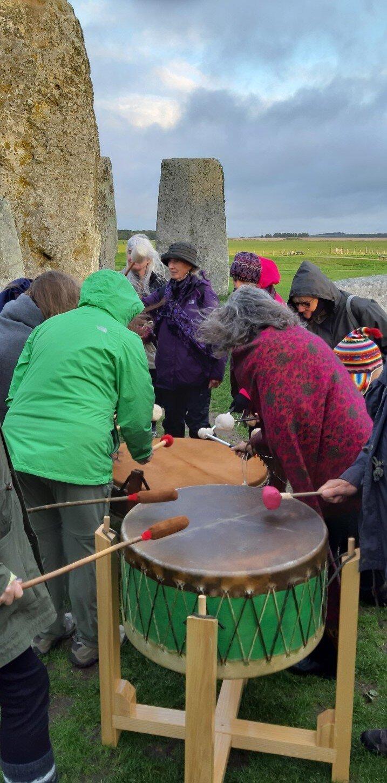stonehenge-drumming