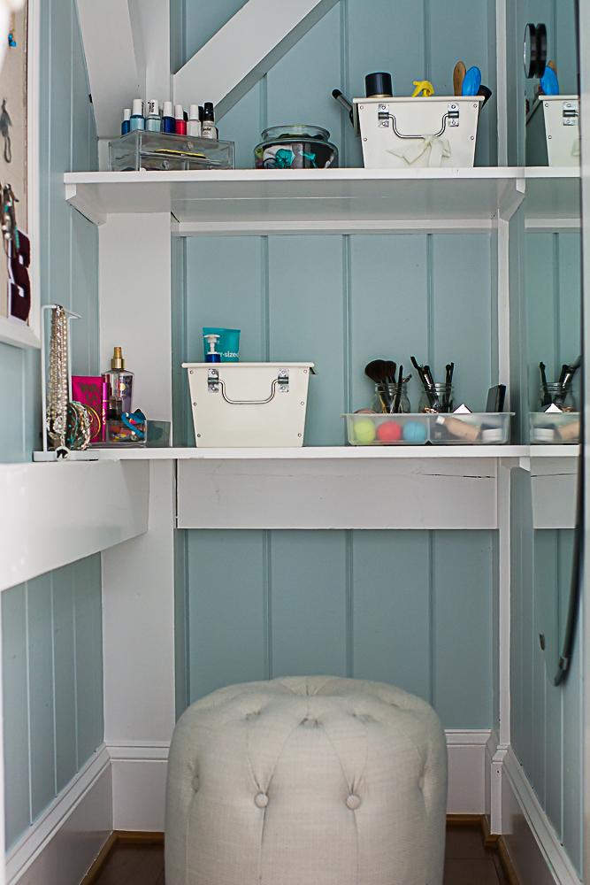 Organized Teen Bathroom