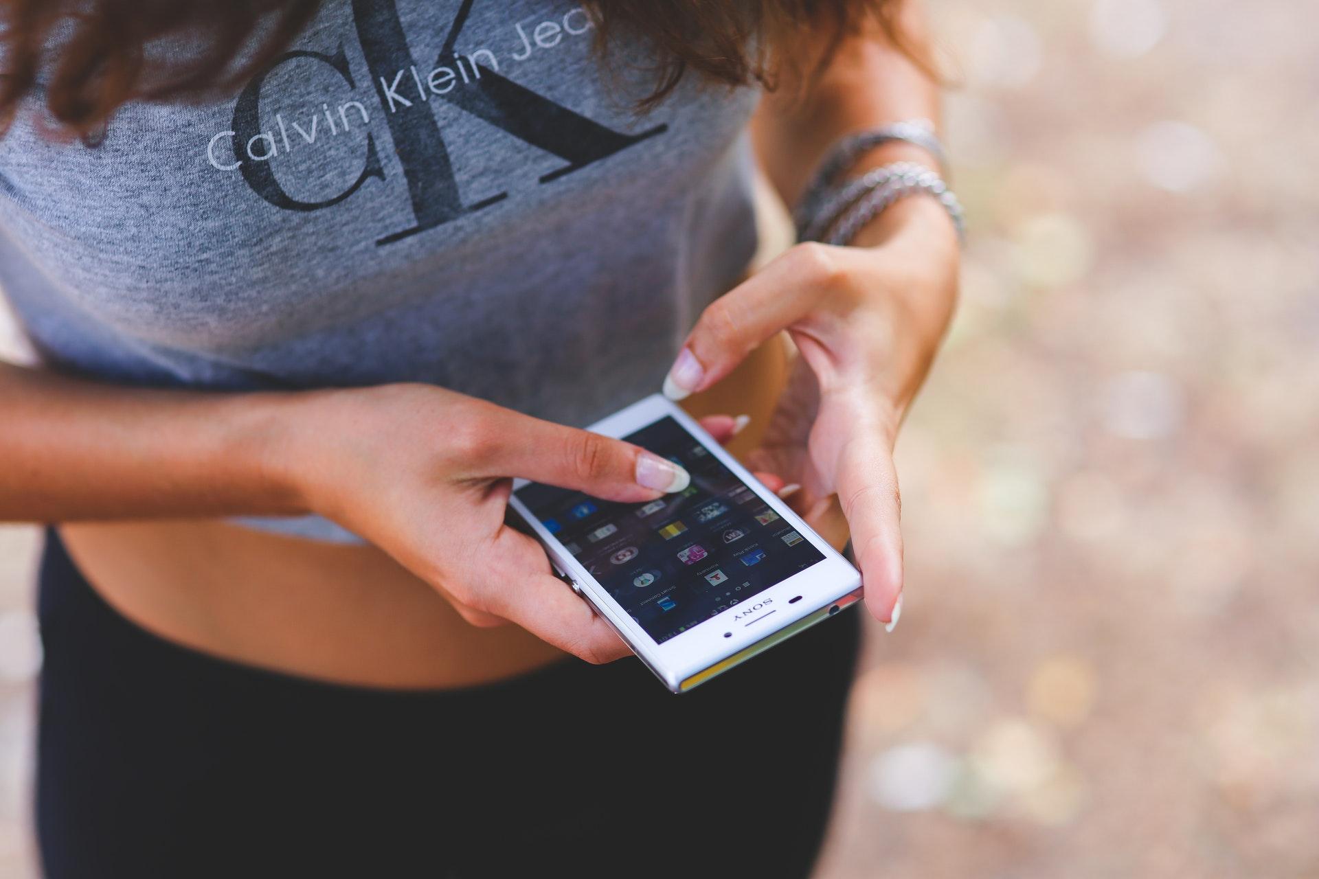 hands-people-woman-smartphone.jpg