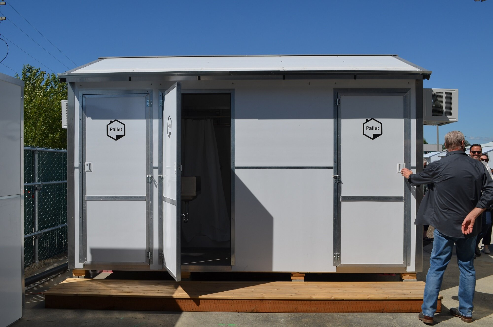 The site is also using our pilot communal bathroom and showers.