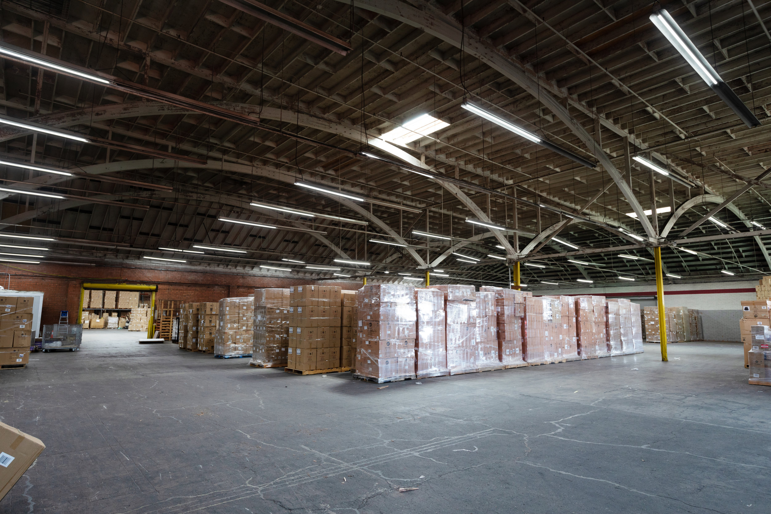 Urban Trends - CLEAN WAREHOUSE, CLEAN EARTHSee Before & After ➝
