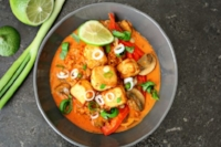 thai pineapple red curry vegan maui