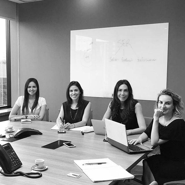 🗓 Planejamento 2019 com a querida cliente @umanasbrasil | Reunião sempre inspiradora @robertatilkian #clientesbluu #umanasbrasil