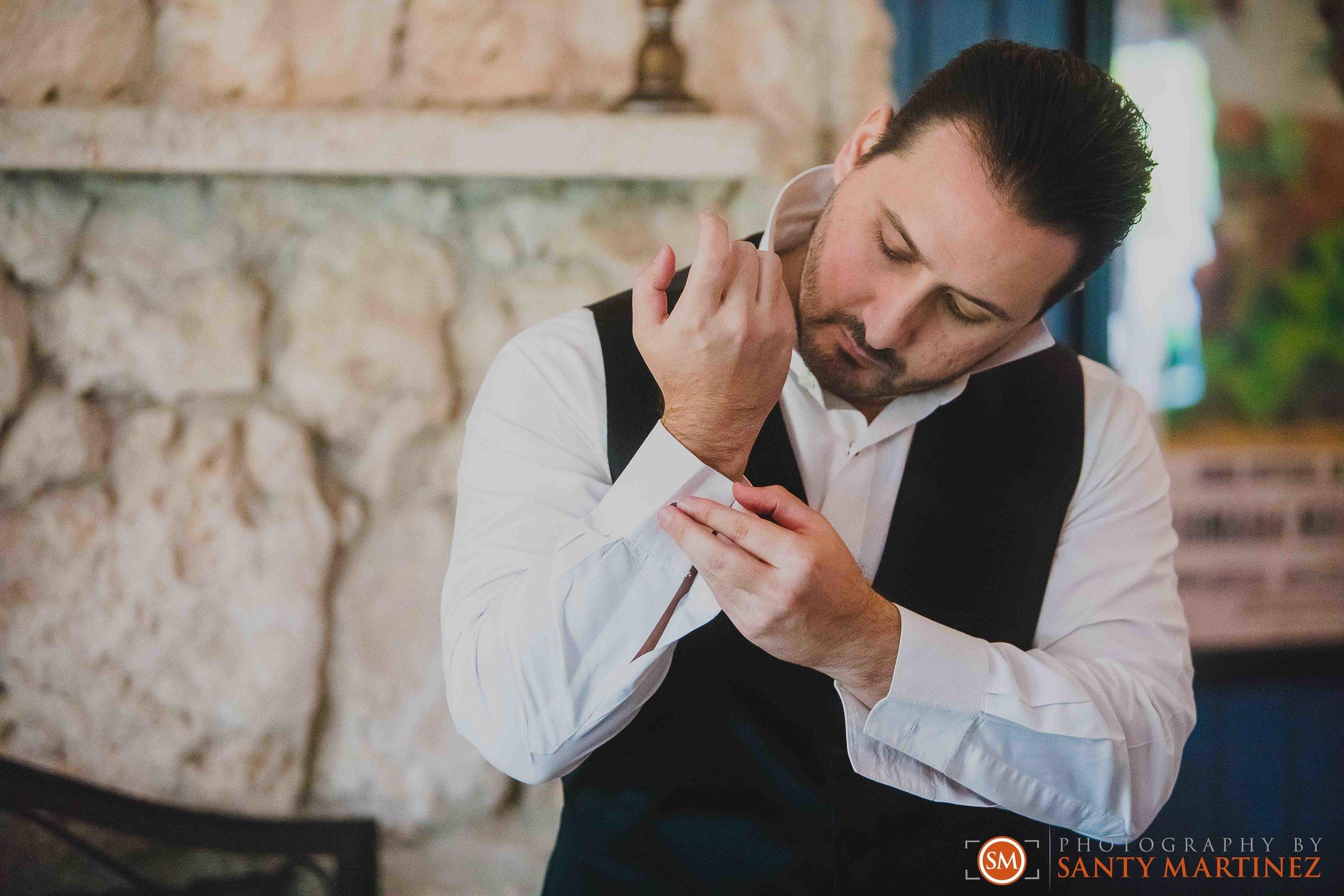 Wedding - Whimsical key West House - Photography by Santy Martinez-7.jpg