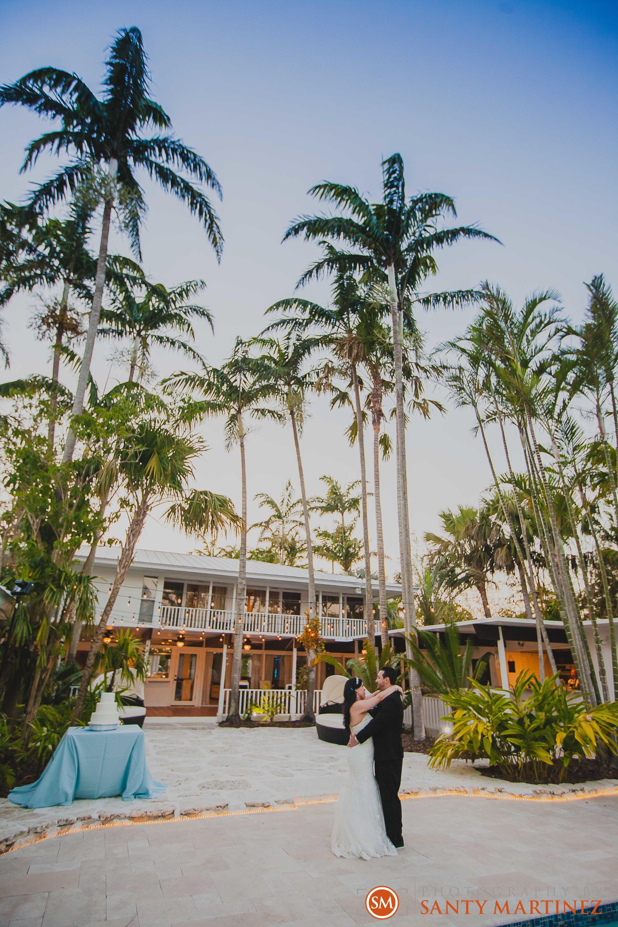 Wedding - Whimsical key West House - Photography by Santy Martinez-38.jpg