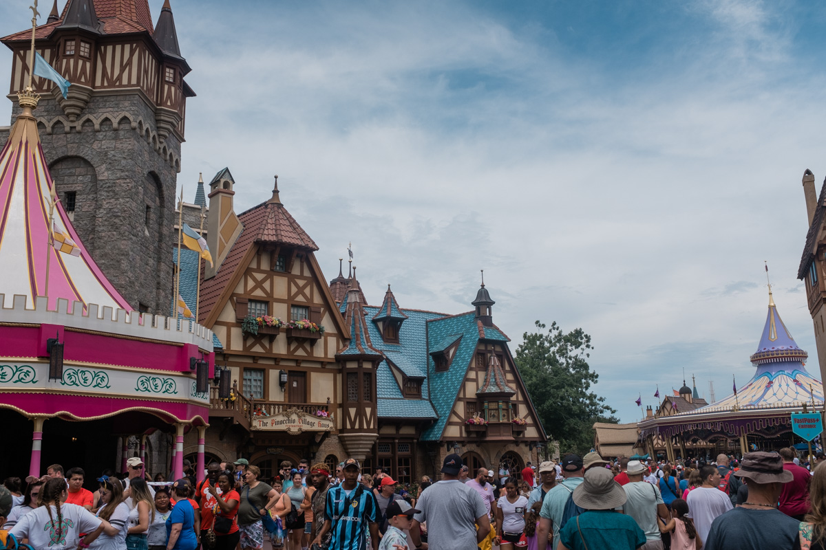 Disney Magic Kingdom   The Whitefeather Journal