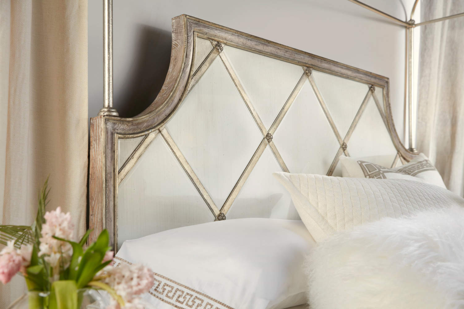 Hooker Furniture Sanctuary Collection Diamont Canopy Panel Bed Detail.jpg