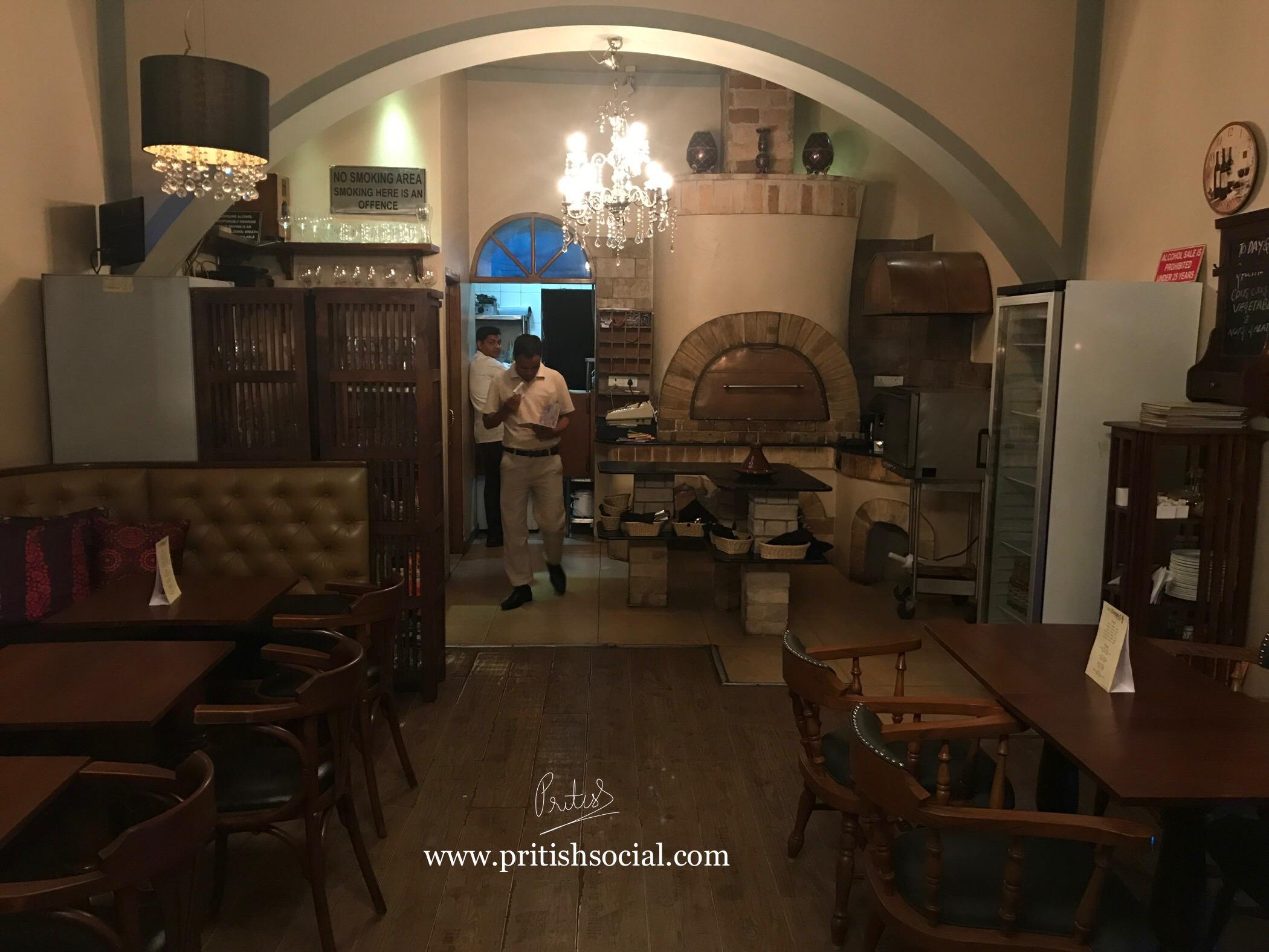 Café Nomad Chandigarh | Best Middle Eastern Restaurant 4 |Sector 7 | Food Blog | PritishSocial