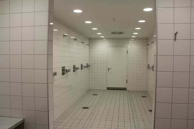 Shower room for the players