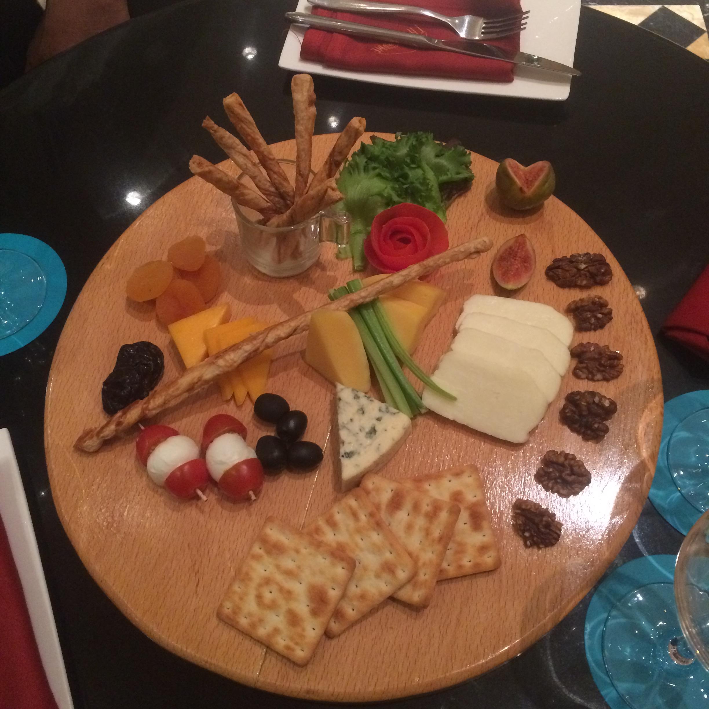 Wine Cheese Platter Le Meridien Chennai.jpg