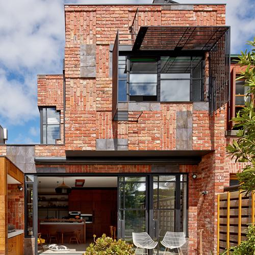 valdemars-house-exterior-painting-fitzroy-north-sml.jpg