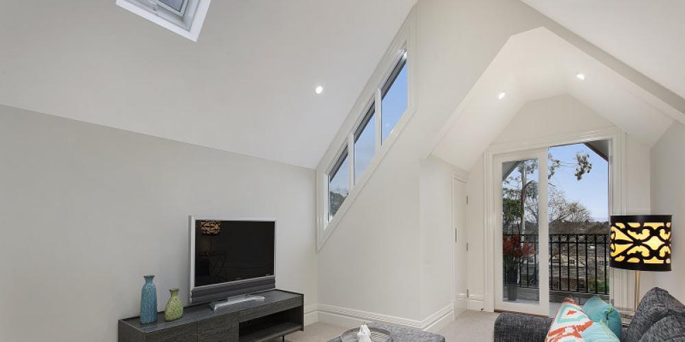 valdemars-house-interior-painting-mount-albert-lrg9.jpg