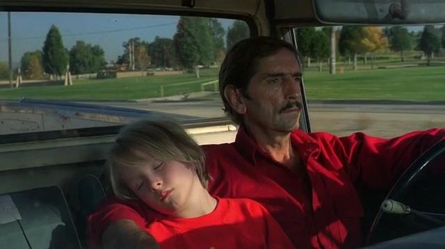 赤を着るハンターとトラヴィス