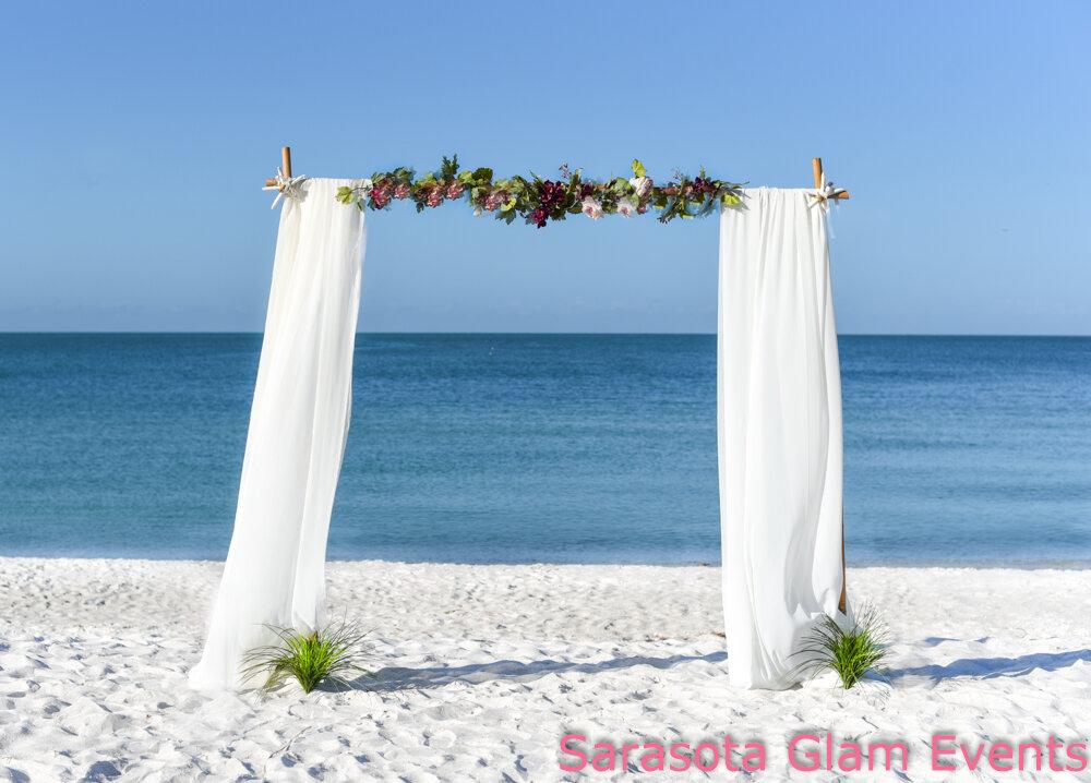 Holmes beach wedding set-up