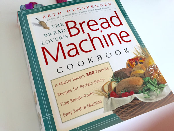 breadmachine_cookbook.jpg