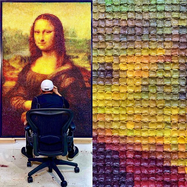My Mona Lisa oil on canvas painting! You can see from the the right that it consists of more than 12,000 oil cubes of different hues of color! Oil on canvas, 85'x55', May, 2019.
