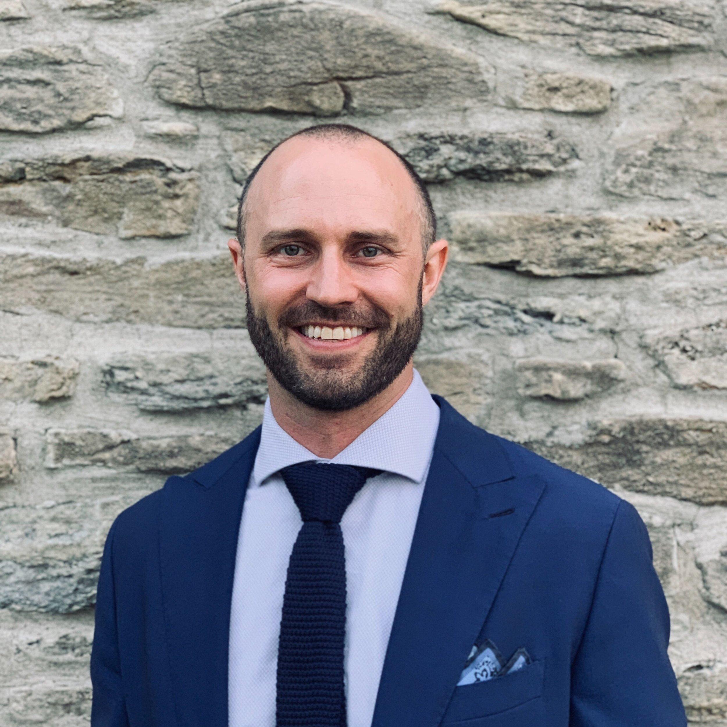 Dustin - Former UC Quarterback, Meat-head & Serial Entrepreneur