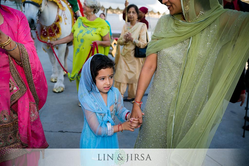 little girl at Sikh wedding.jpg