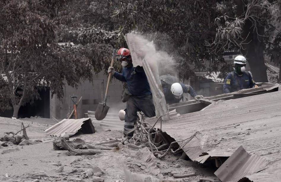guatemala-volcano-fuego-05-06-2018.jpg